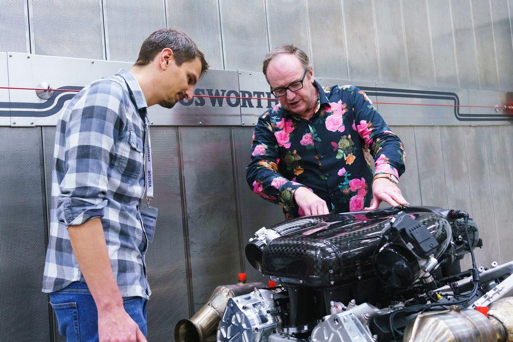 Bruce Wood rozpráva o unikátnom Cosworth V12 agregáte