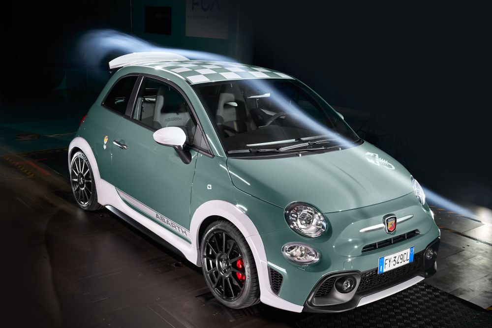 Abarth - Check Out The Abarth 695 70th Anniversario's Mad Rear Spoiler - News