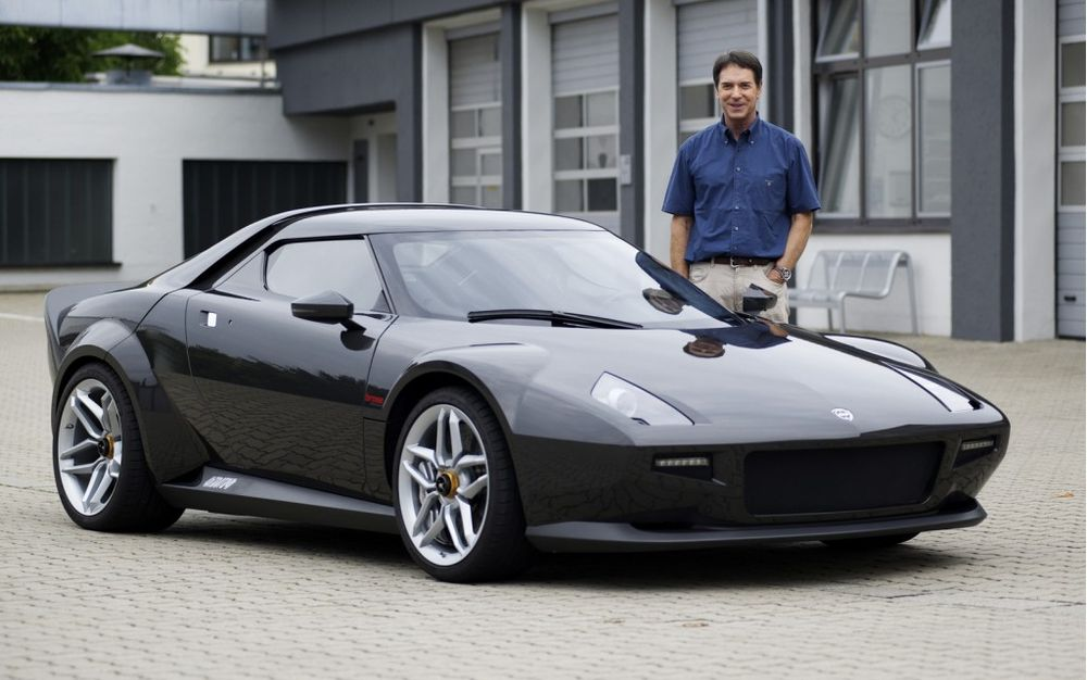 And last, but by no means least, and my personal favorite, the New Stratos.