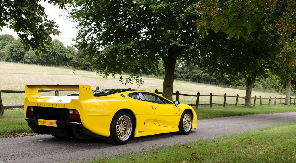 8 'Bargain' Supercars That Aren't As Expensive As You'd Imagine - News