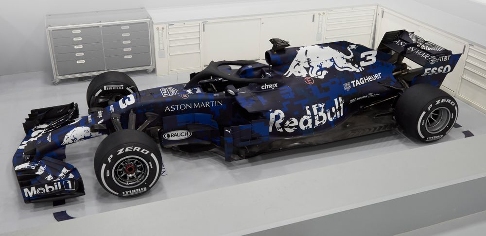Here's A First Look At The 2018 Red Bull RB14 And Its Awesome Testing Livery - Formula 1