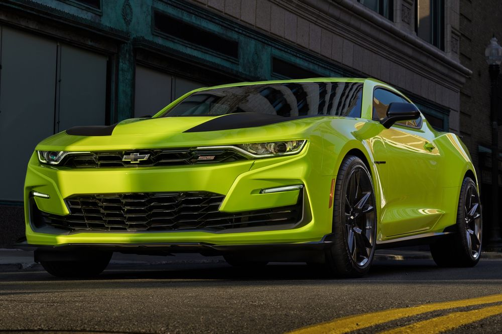 Chevrolet - Chevrolet Is Rushing Another Camaro Facelift After Sales Plunge - News