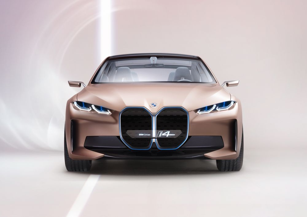 BMW - Official: An Electric BMW M Car Is Arriving This Year - News