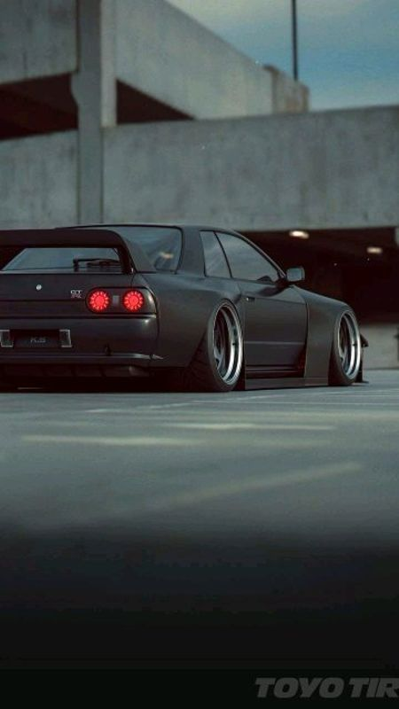 Can Someone Send Me Skyline R32 Wallpaper And Some Initial D