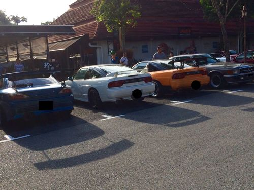Car Meet At Dempsey Hill Before Y All Dig In To The