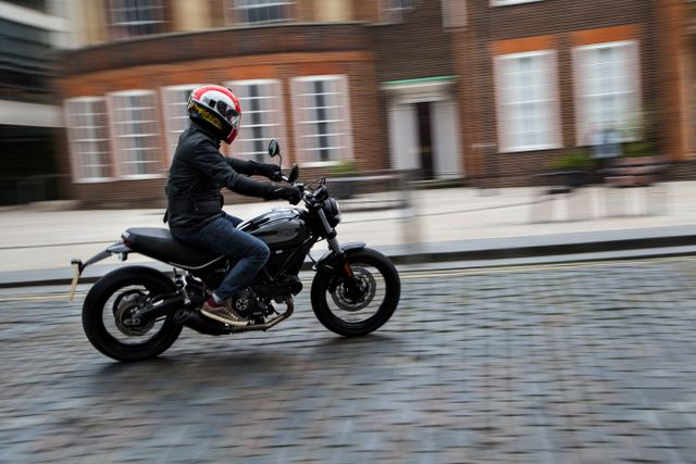 7 Things I Learned About The Ducati Scrambler Sixty2 In A Wicked