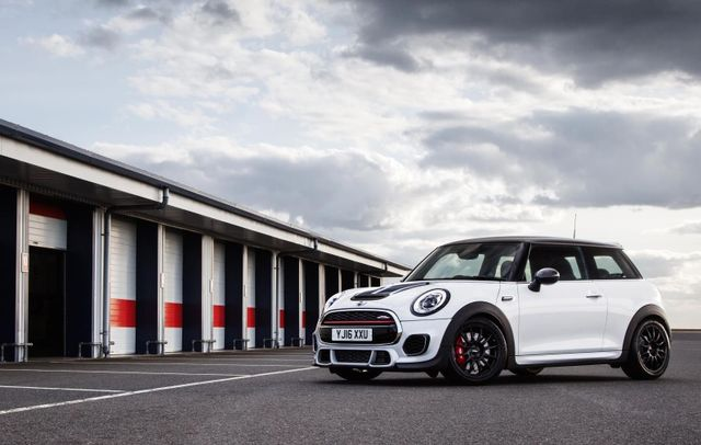The Mini John Cooper Works Challenge Is A Serious Track Car With A