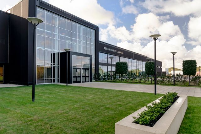 Here S A Tour Of The Spookily Quiet New Aston Martin Factory
