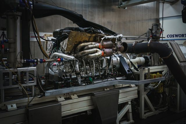6 Fascinating Facts About The Aston Valkyrie's 1000bhp N/A V12