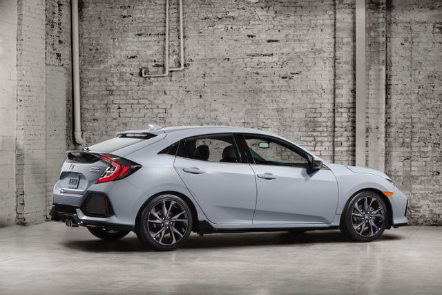 Honda Civic 10Th Gen >> 5 Things You Need To Know About The New Honda Civic Hatchback