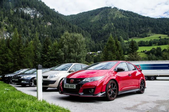 7 Reasons Why The Honda Civic Type R Isnt The Terrible Gt