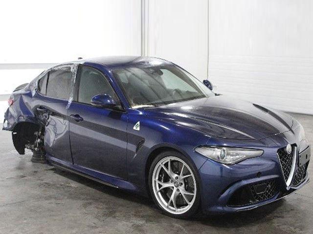 Alfa Giulia Qv >> Heavily Crash Damaged Alfa Giulia Qv Being Sold For