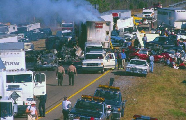 No Escape In Sight - 1990 Tennessee I-75 Pile-Up
