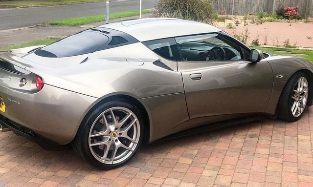 Lotus This Eight Year Old Evora Is A 24k Depreciation Buster