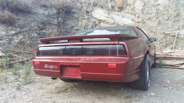3rd gen F-Body Pontiac Firebird (abandoned, no idea about