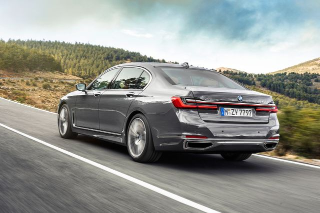 New Bmw 7 Series >> Yes The New Bmw 7 Series Really Does Have A Grille This Big