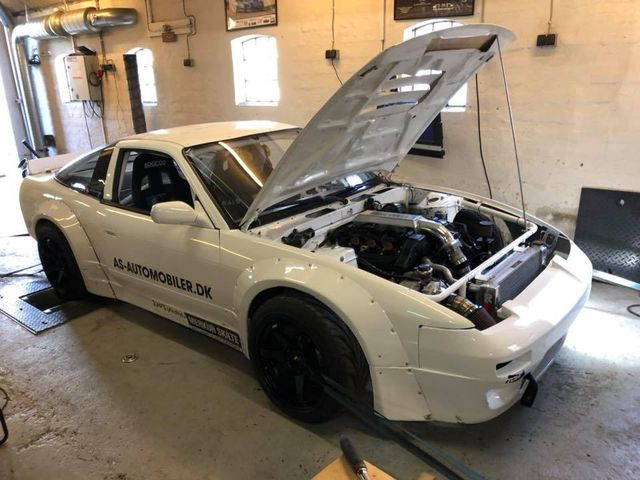 Nissan S13 with a Turbo VG30DETT V6 Makes 530 hp on Dyno