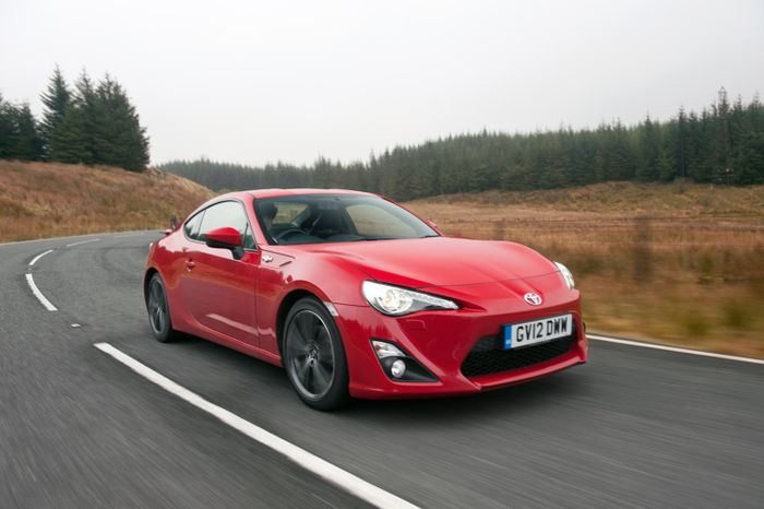 4 Sports Cars You Can Now Buy For Around 163 10k