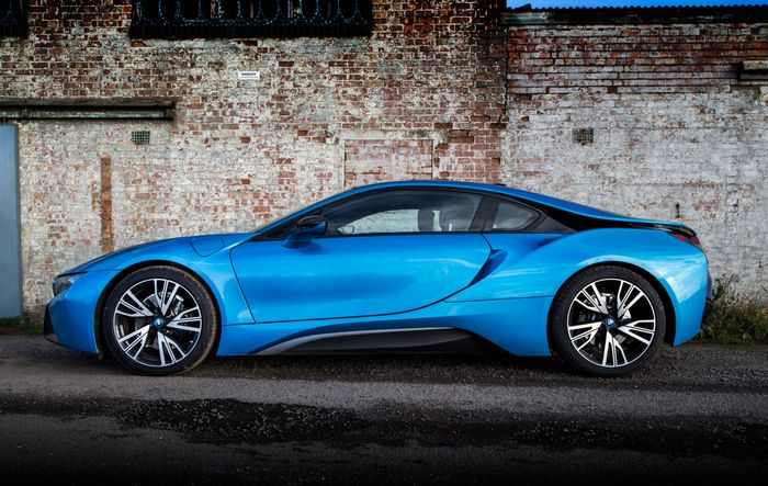 What It S Like To Live With A Bmw I8