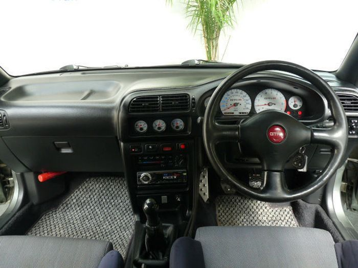 the beastly 4wd nissan pulsar gti r is a used jdm hero we. Black Bedroom Furniture Sets. Home Design Ideas