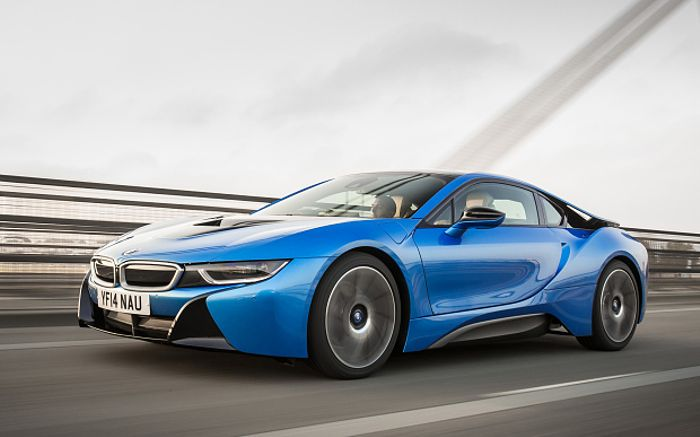 4 reasons why the i8 doesn t need an 800bhp v8. Black Bedroom Furniture Sets. Home Design Ideas