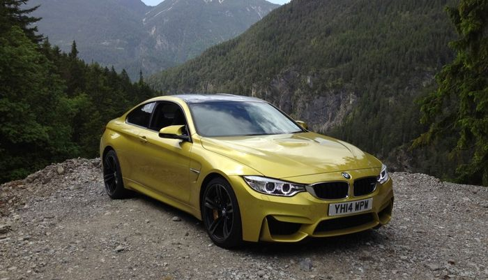 All Sounds Pretty Similar But There S One Difference Subtlety The M4 Is Covered In Butch Aero Bits And Intakes Has A Bulge On Bonnet