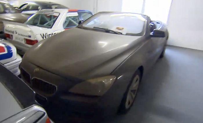 Inside Bmw S Top Secret Car Collection V16 7 Series V12
