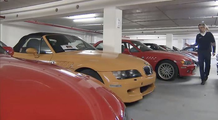 Inside Bmw S Top Secret Car Collection V16 7 Series V12