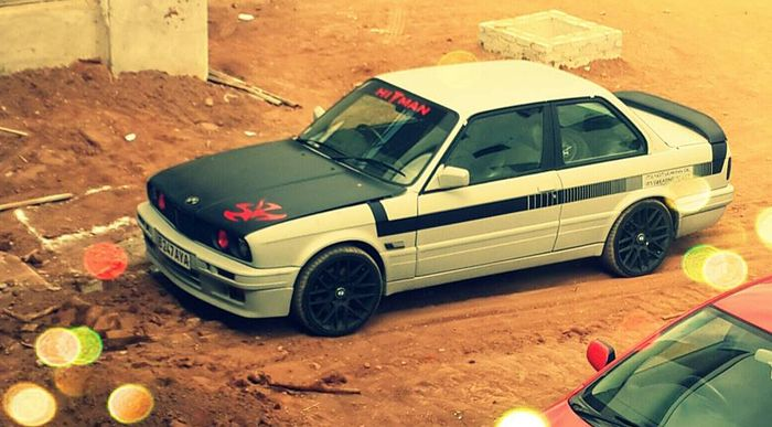 Spotted In The Ct Garage Weaponised Bmw E30 325is With Attitude