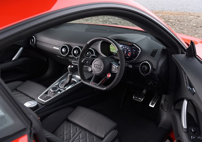 The Interior Is Stunning Audi Tt Rs