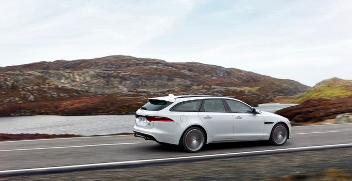 Grace, space and pace in XF Sportbrake