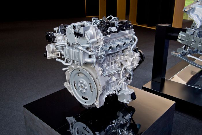 6 Things I Learned About Mazda's High-Compression 'SkyActiv