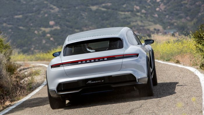 Porsche will build the Mission E Cross Turismo concept