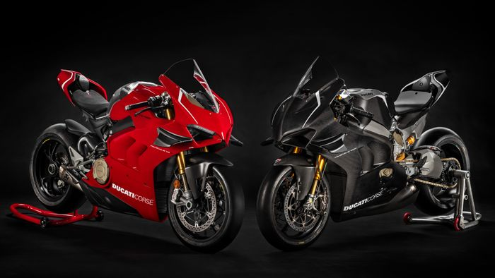 The 231bhp, 165kg Ducati Panigale V4 R Is Here