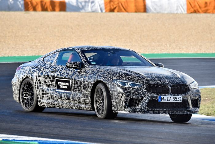 BMW will soon be tearing the camouflage off its M8 Coupé