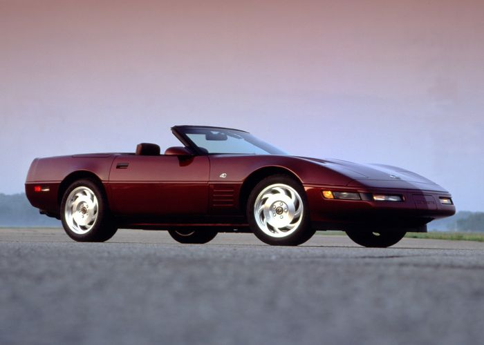 The Cayman-Sized C4 Corvette Is Lighter And Better Than You Think