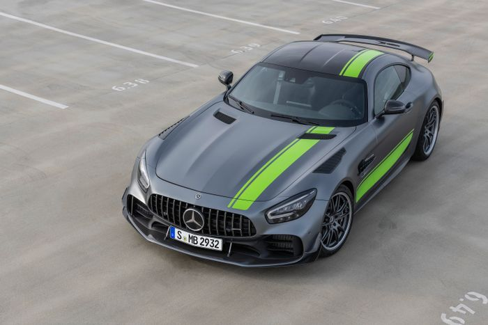Mercedes-AMG GT R Pro: No extra power, no extra need