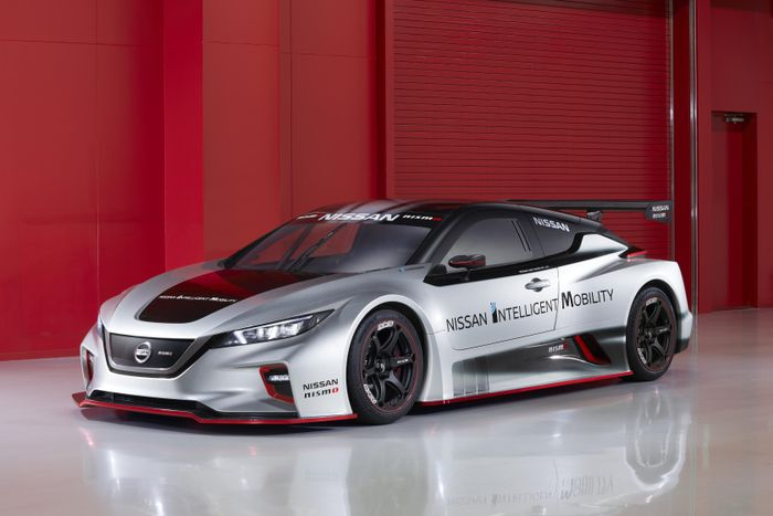 New Nissan Leaf Nismo RC - 322 hp electric race auto