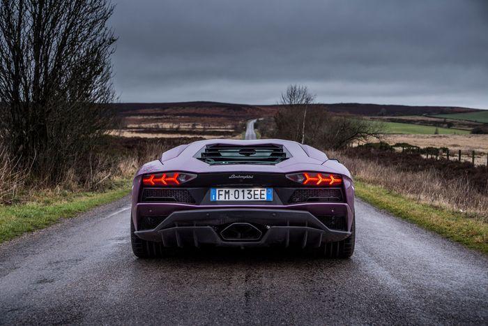 Lamborghini Aventador S Review The Last True Supercar