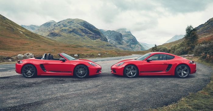 The Porsche 718 Boxster T and 718 Cayman T Are for Purists