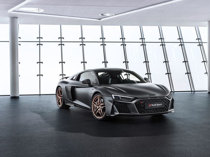 Audi celebrates 10 years of V10s with limited R8 Decennium model