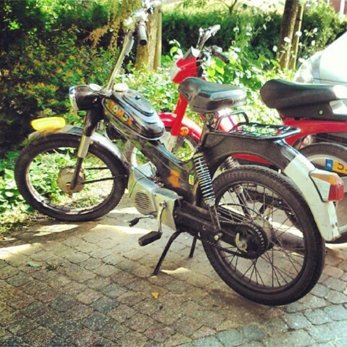 This is my dad's moped that i am rebuilding as a project  It