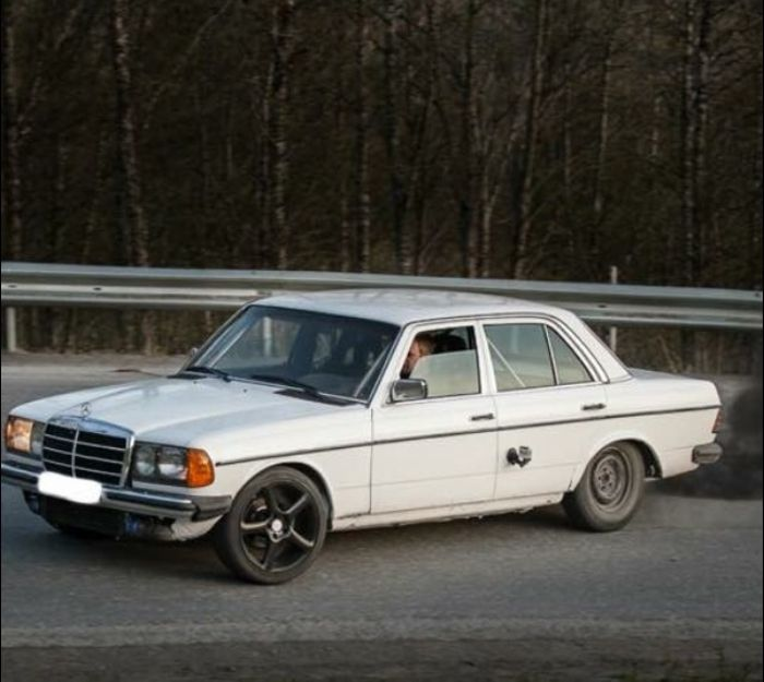 Should i buy this Mercedes W123 with a Om606 turbo with a 8mm
