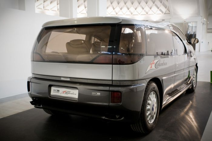 The Italdesign Columbus is the coolest concept van ever made.