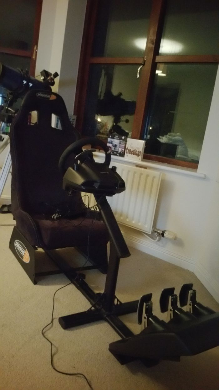 Who on here is into Sim racing? Looking for some people to
