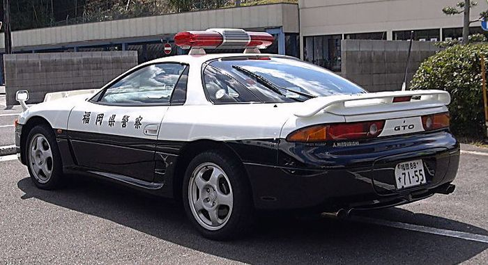 10 Unusual Real Police Cars From Around The World
