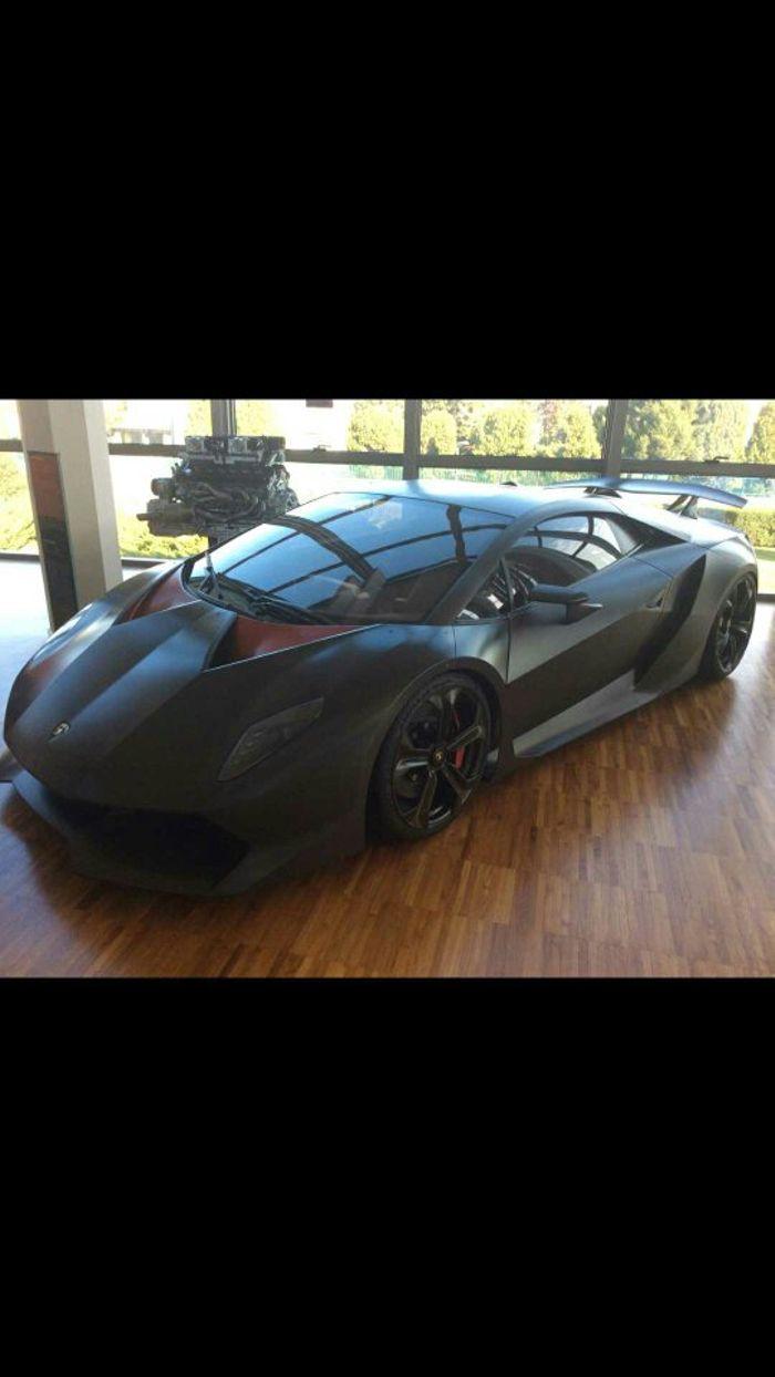 Lamborghini Sesto Elemento 5 2l Naturally Aspirated V10 With 570 Hp