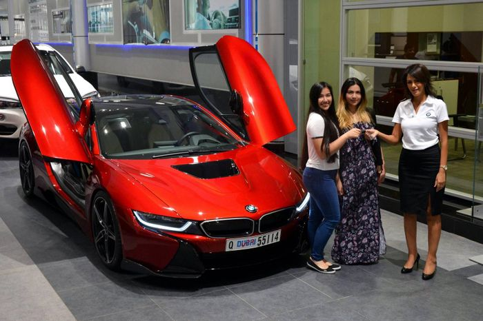 Princess Al Hawi Of Abu Dhabi Getting The Keys Her Lava Red I8 In A Special Ceremony BMW Dealership