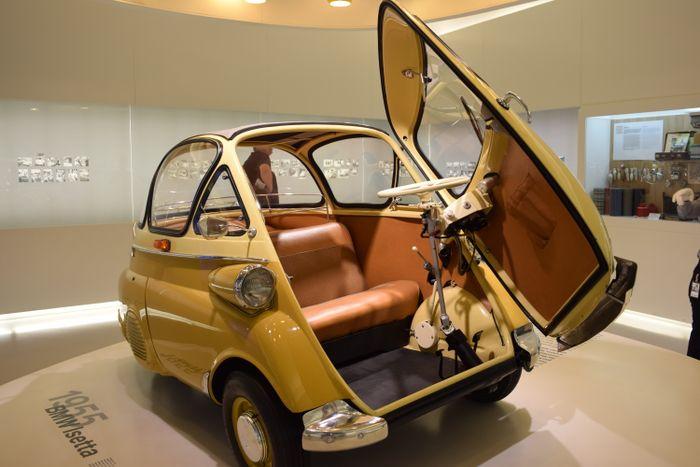 munich germany car spotting bmw museum pics. Black Bedroom Furniture Sets. Home Design Ideas