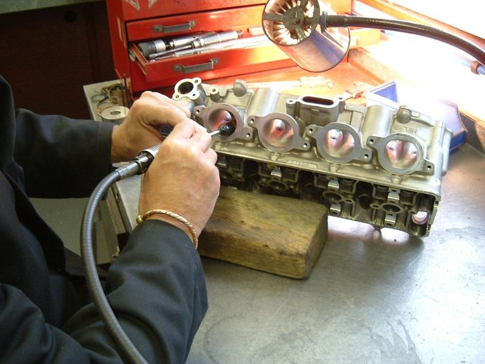 What Is Cylinder Head Porting, And How Does It Increase
